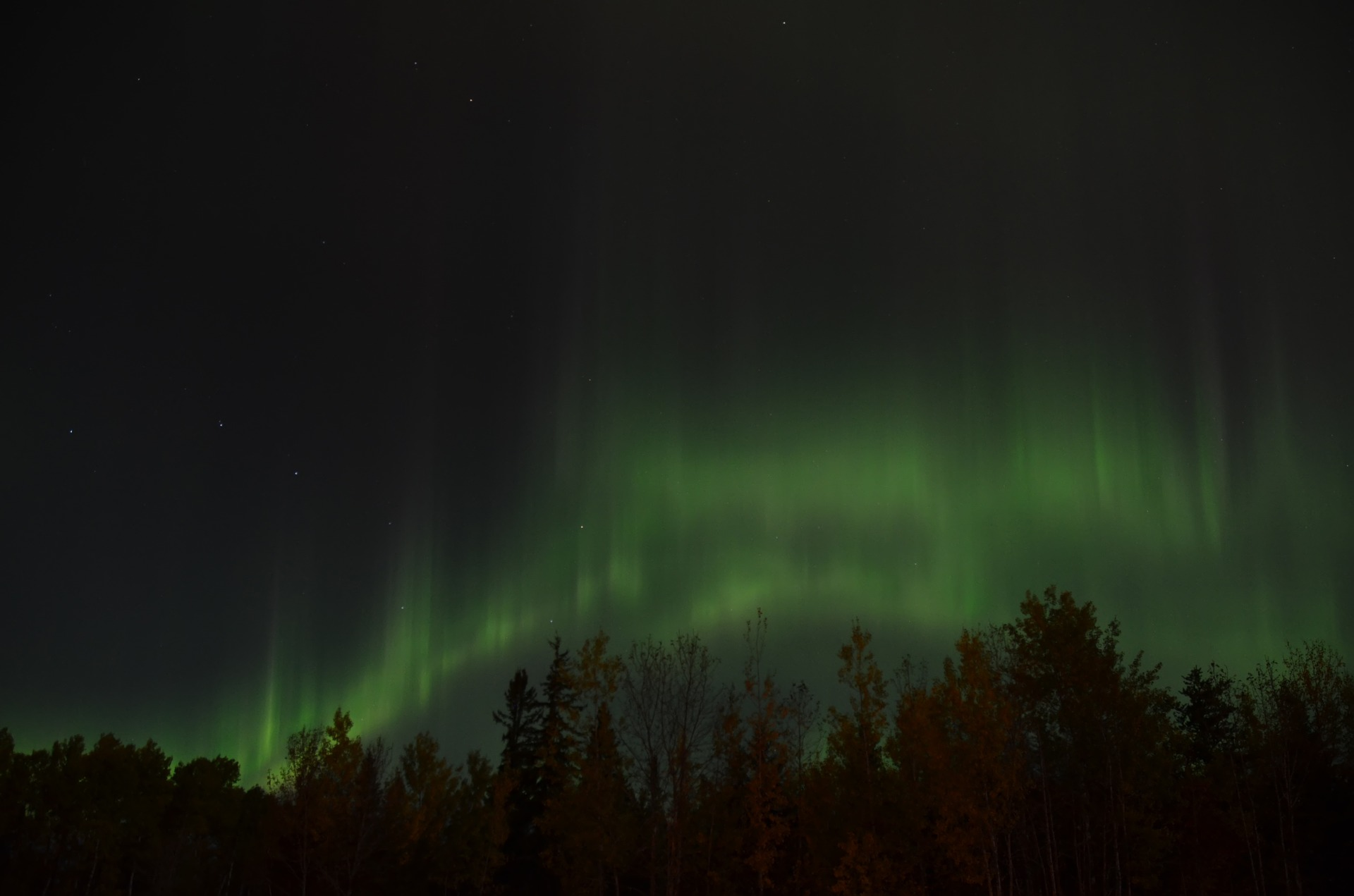 Northern lights seen from the Stargazing Cabin at Gordon's Park on Manitoulin Island